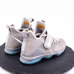 Nike Shoes - Nike Lebron XIV Air Mag Boys Size 7Y